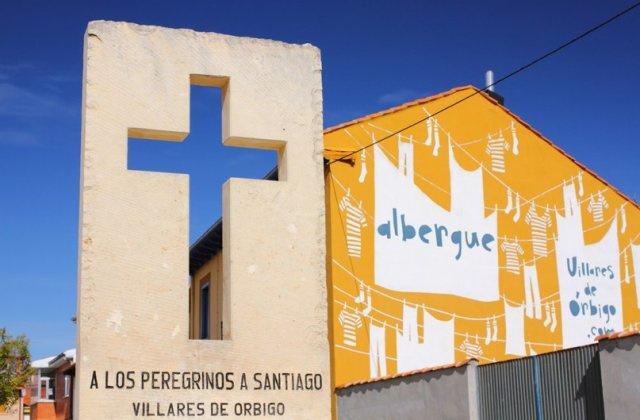 Camino de Santiago Accommodation: Albergue Villares de Órbigo