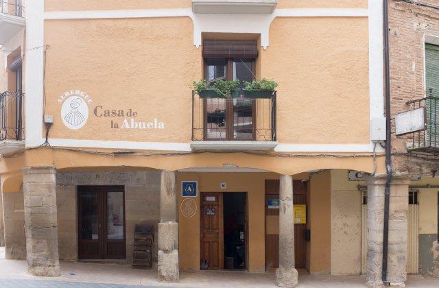 Camino de Santiago Accommodation: Albergue Casa de la Abuela