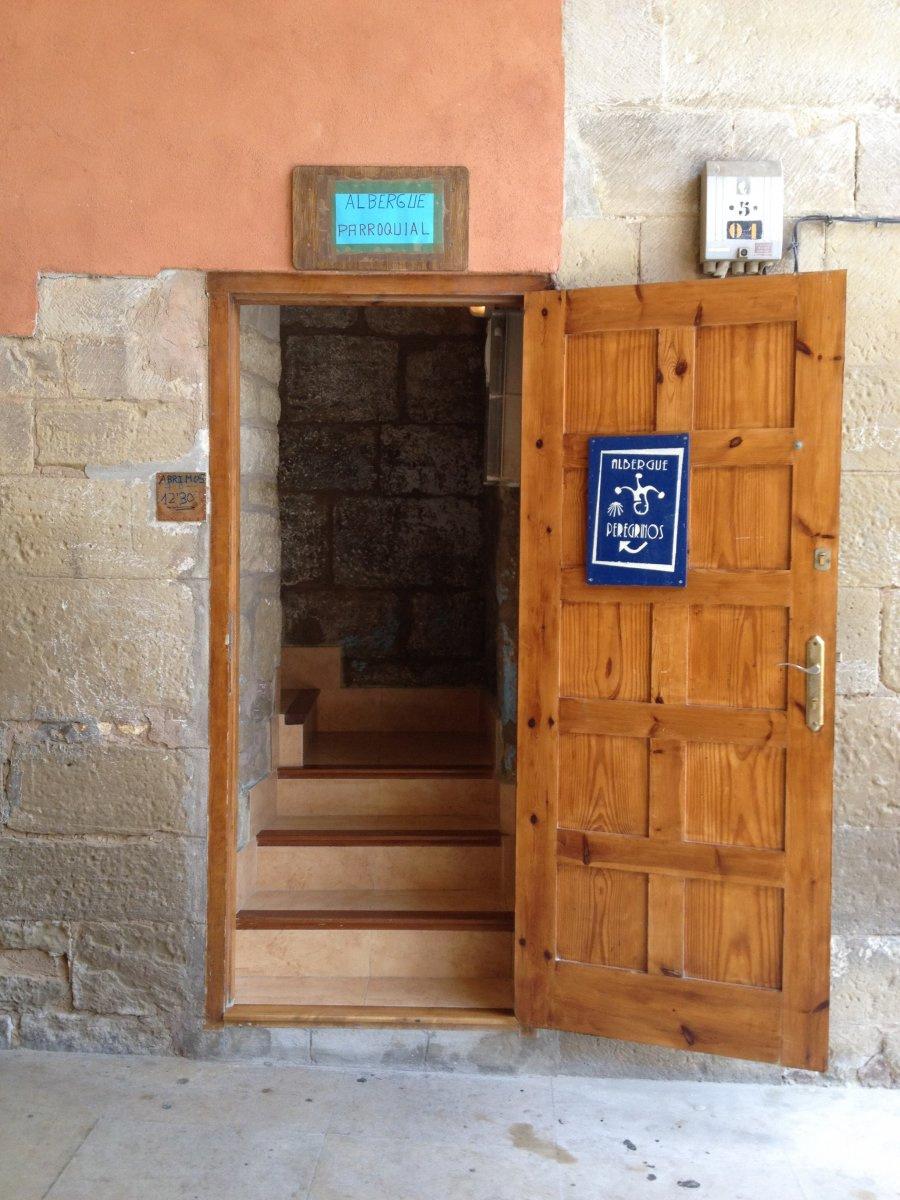 Camino de Santiago Accommodation: Albergue Parroquial Santa María de Viana