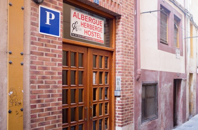 Camino de Santiago Accommodation: Albergue Calle Mayor