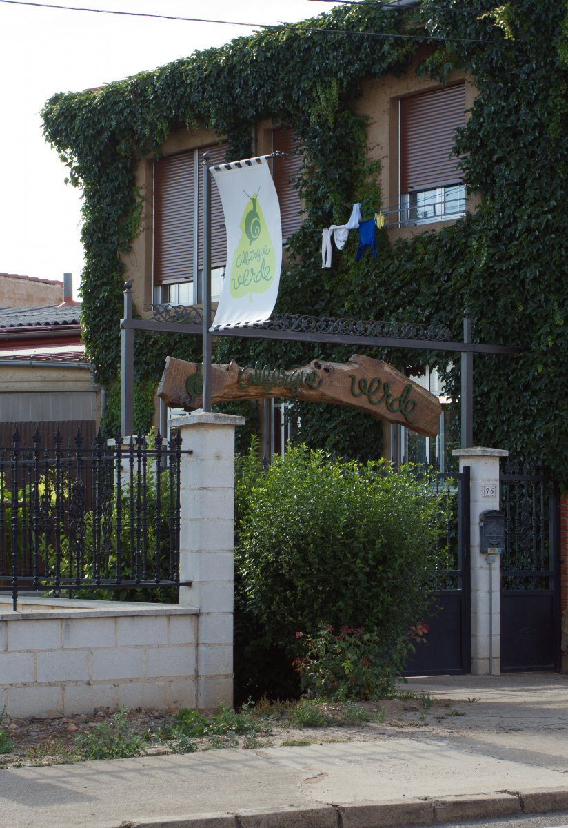 Camino de Santiago Accommodation: Albergue Verde