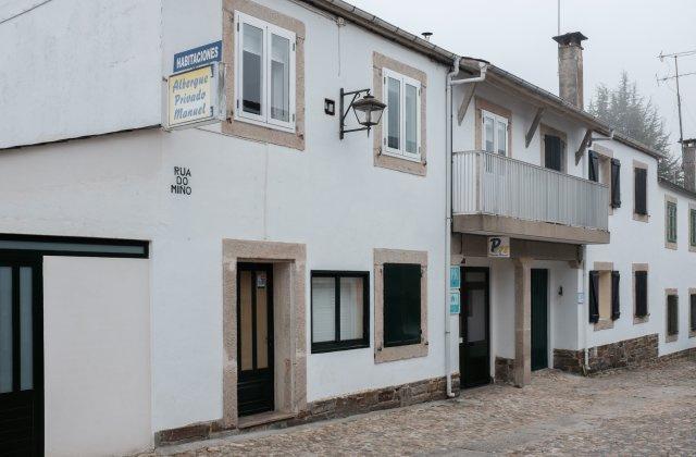 Camino de Santiago Accommodation: Albergue Manuel