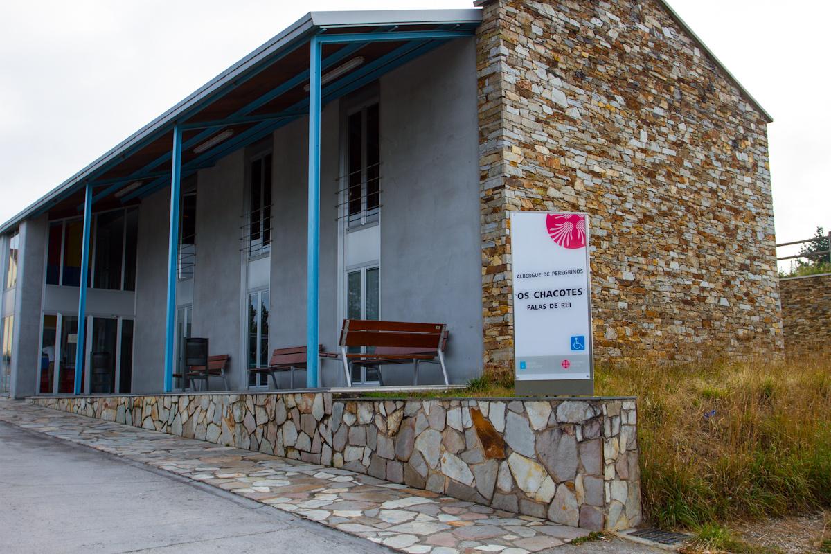 Camino de Santiago Accommodation: Albergue Os Chacotes