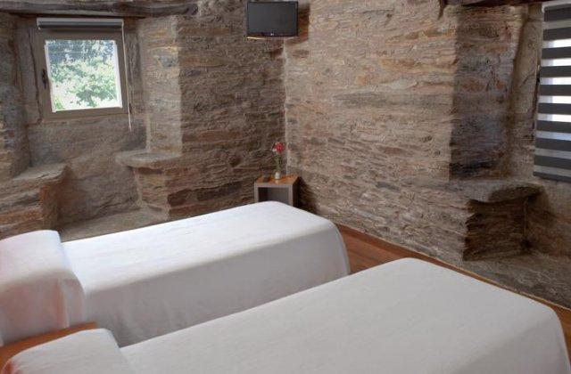 Camino de Santiago Accommodation: Albergue Turistico de Salceda