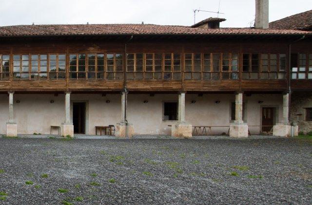 Camino de Santiago Accommodation: Albergue de Cornellana