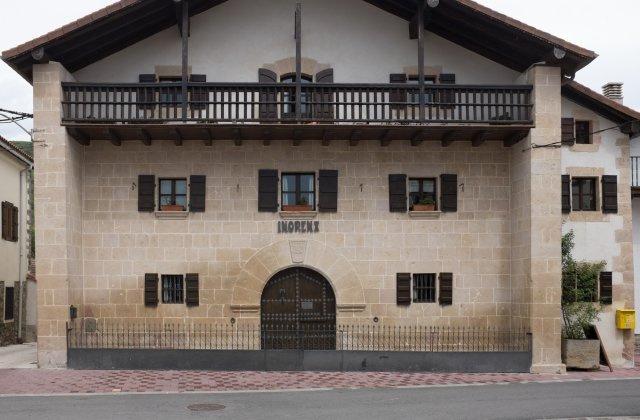 Photo of Bizkarreta [Gerendiain] on the Camino de Santiago