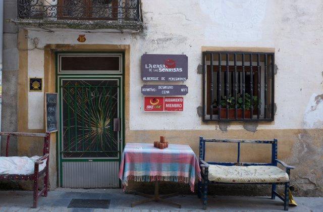 Camino de Santiago Accommodation: La Casa de las Sonrisas