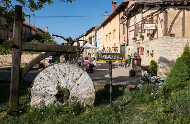 Photo of Agés on the Camino de Santiago