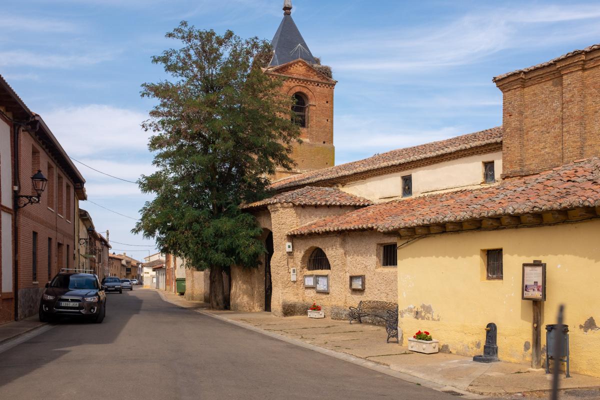 Photo of El Burgo Ranero on the Camino de Santiago