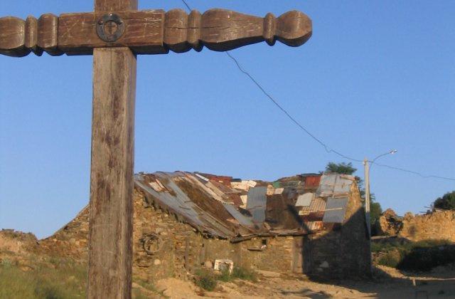 Photo of Foncebadón on the Camino de Santiago