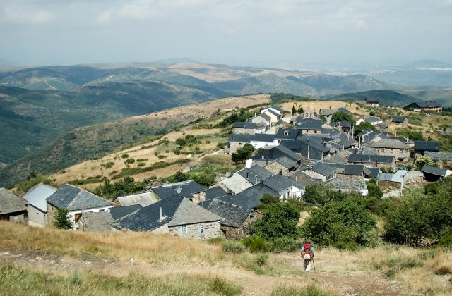 Photo of El Acebo on the Camino de Santiago