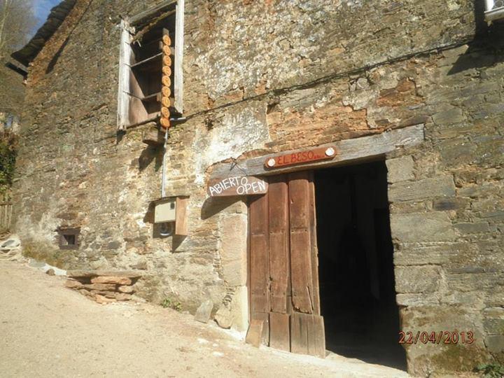 Camino de Santiago Accommodation: Albergue El Beso
