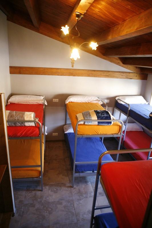 Camino de Santiago Accommodation: Albergue Santa Fe