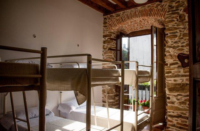 Camino de Santiago Accommodation: Albergue Leo