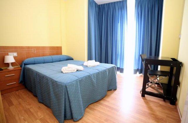 Camino de Santiago Accommodation: Pensión Palas ⭑