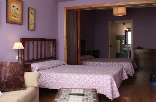 Camino de Santiago Accommodation: Pensión Casa Matías ⭑⭑