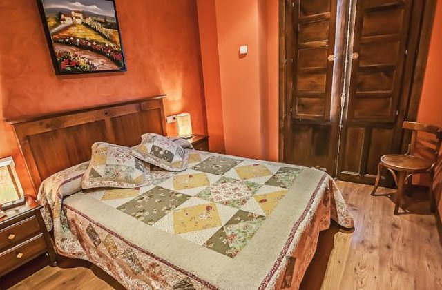 Camino de Santiago Accommodation: Casa Rural Pajarapinta