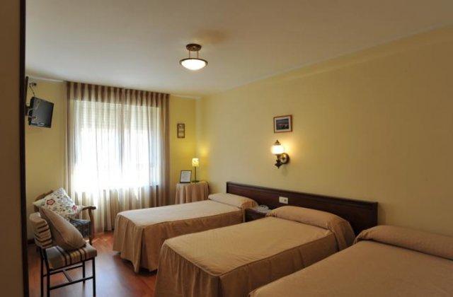 Camino de Santiago Accommodation: Hostal Coruña ⭑⭑
