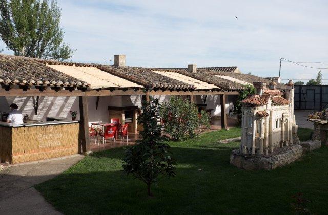 Camino de Santiago Accommodation: Casa Rural Amanecer en Campos