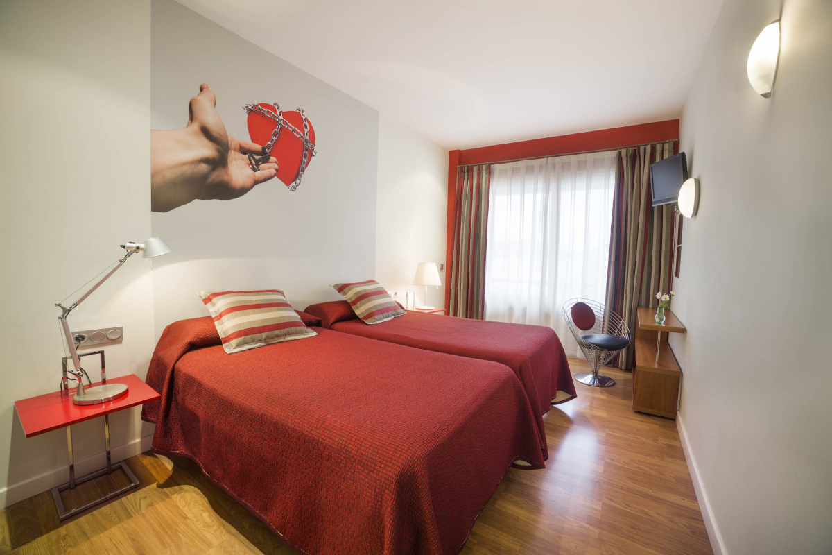 Camino de Santiago Accommodation: Hotel Doña Mayor ⭑⭑⭑