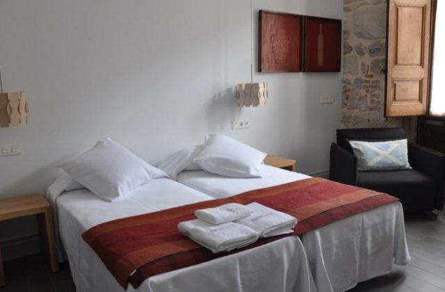 Camino de Santiago Accommodation: Posada Emebed ⭑⭑⭑