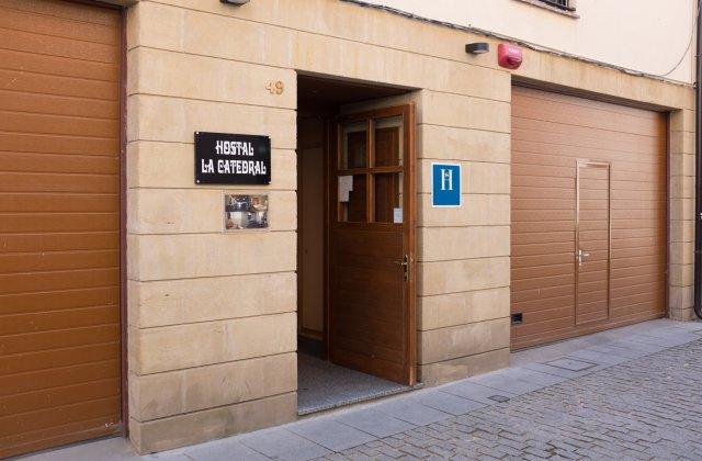 Camino de Santiago Accommodation: Hostal La Catedral